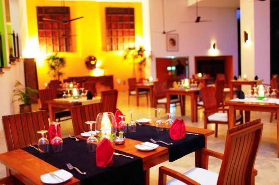 Aditya Resort and Spa - Hikkaduwa