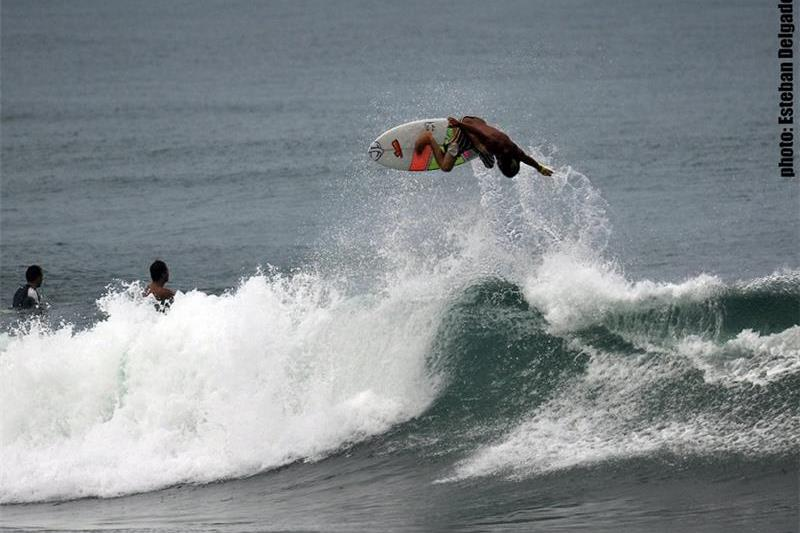 Del Mar Surf Camp - Costa Rica