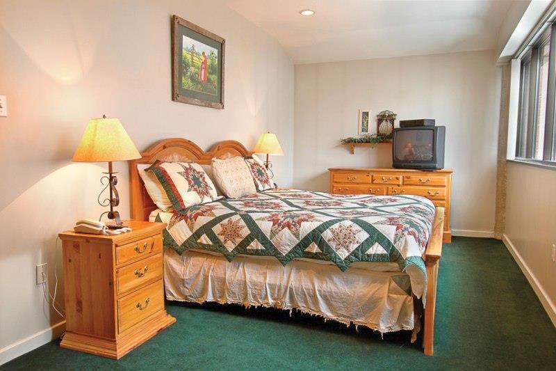 Bedroom 12 Standard