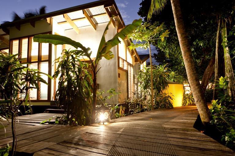Welcome to Matanivusi Surf Eco Resort!