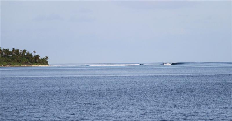 The Perfect Wave Hamathi - Southern Atolls